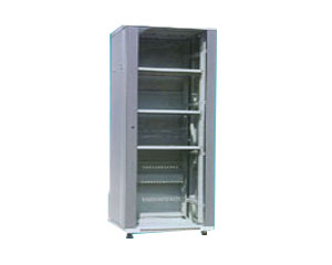 IBM 42U标准机柜(含侧面板)图片